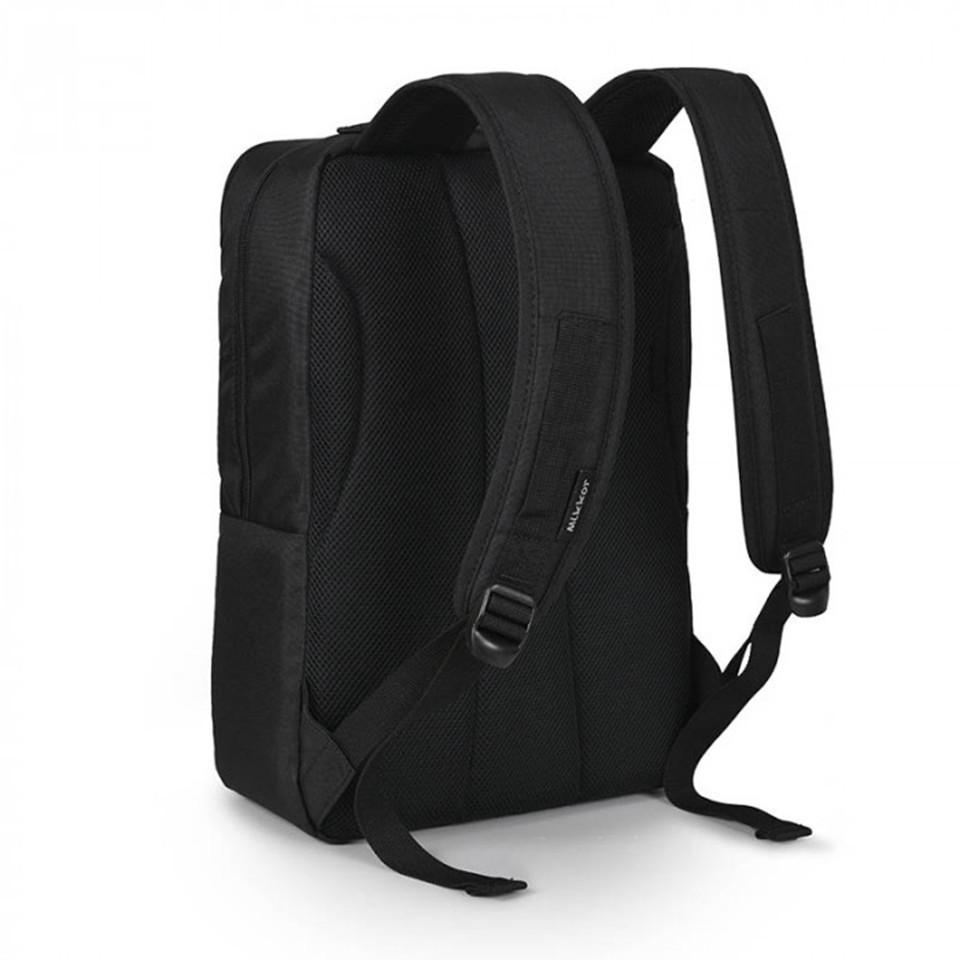 mikkor-the-norris-backpack-m-black3
